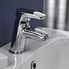 Short basin tap